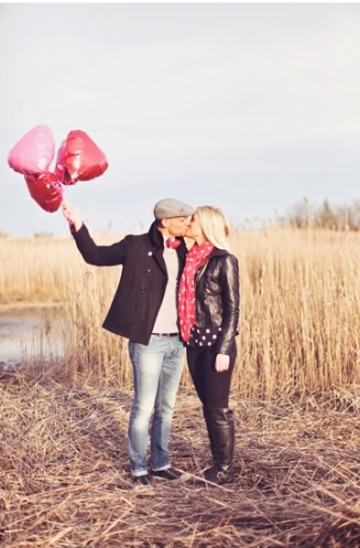 http://www.unjerseybride.com/valentines-day-engagement-session-love-sylvia-photography/