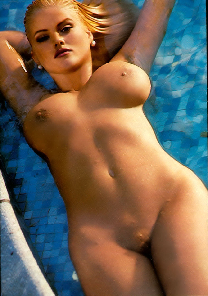 Anna Nicole Smith Naked - Playboy Plus