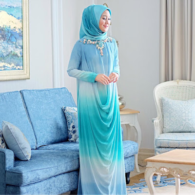 Model Baju Muslim Pesta Dian Pelangi
