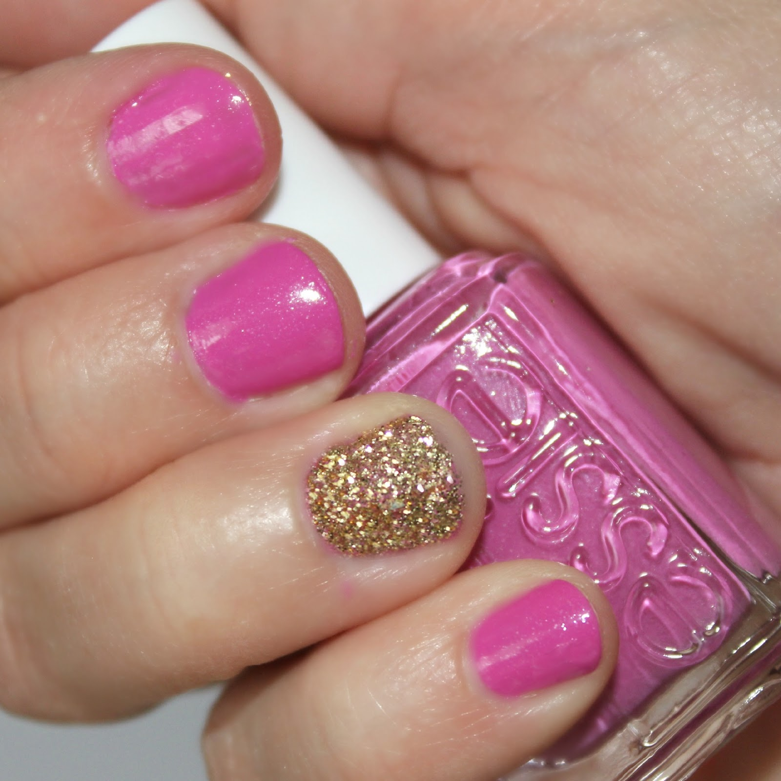 blushing basics: How-To Glitter Accent Nail Tutorial