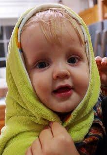 и Андрюшка - 1 годик