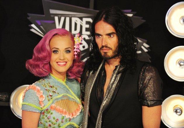 Cara Sadis Russell Brand Ceraikan Katy Perry