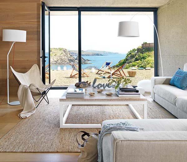 Summer House in Spain by Marta Esteve
