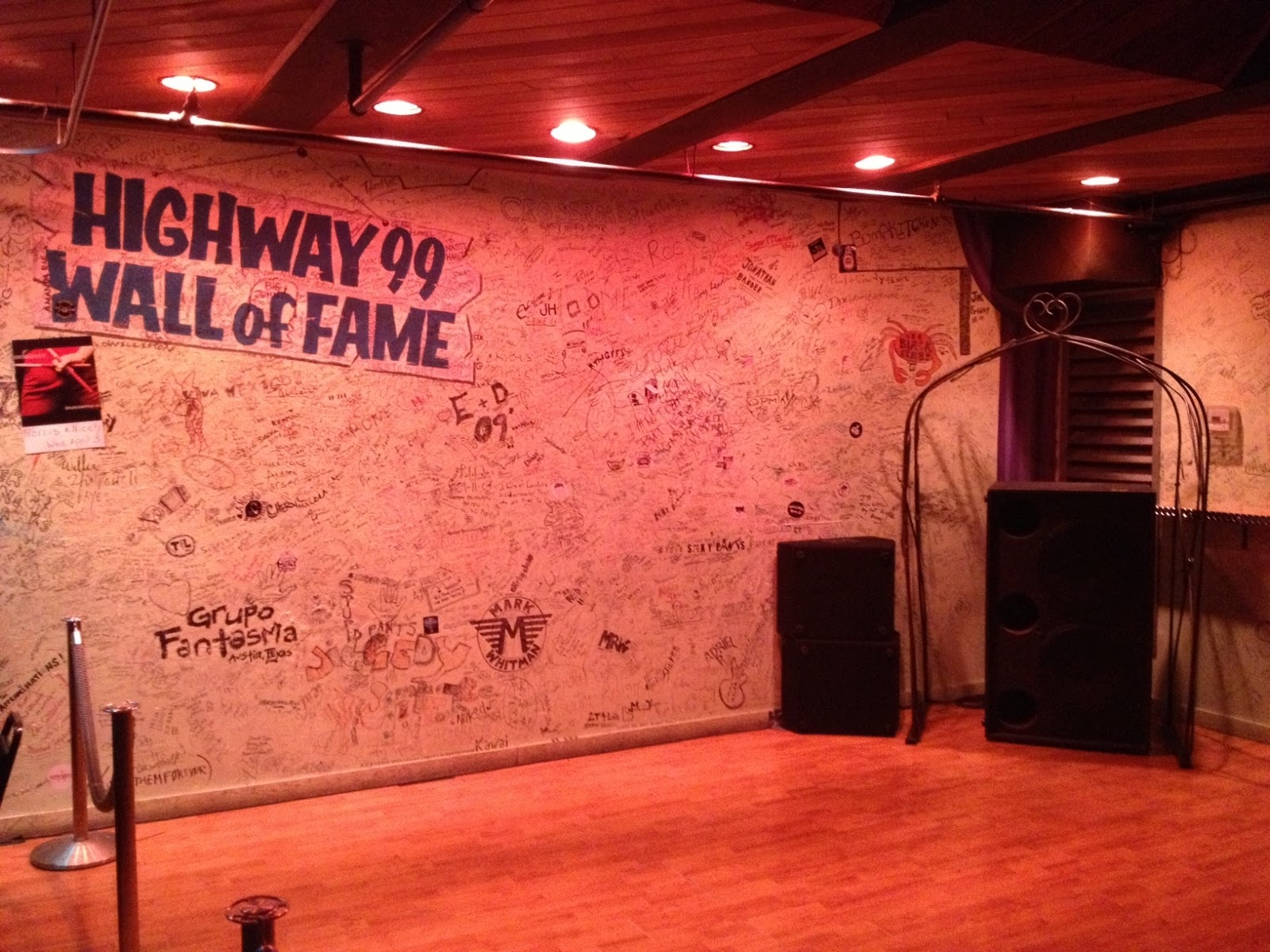 Highway 99 Blues Club Restaurant Seattle Wall Of Fame