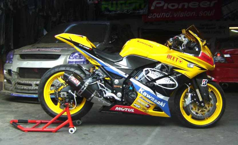 Kawasaki Ninja 250r Pictures HQ Wallpapers Provides Latest High Resolution In Wide Screen Also Find Here Animal Vehicles