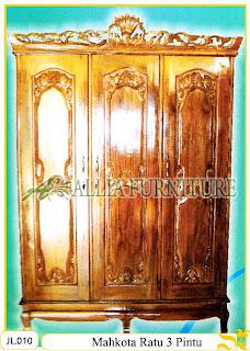 Lemari Pakaian Ukiran Mahkota 3 Pintu