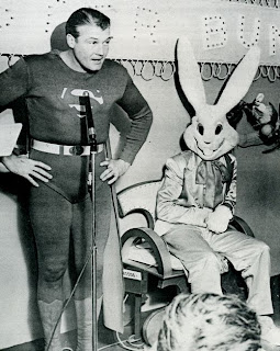 Superman introduces Easter Bunny