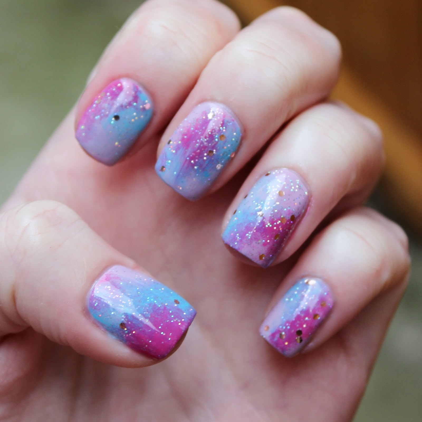 Dahlia Nails: June 2015