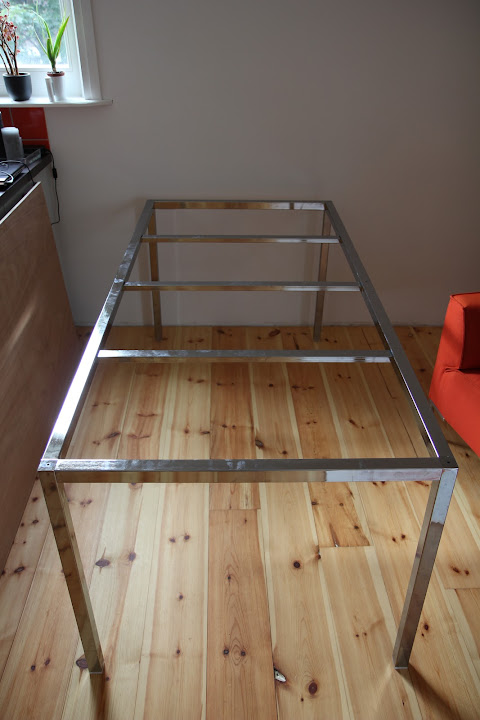 Home garden diy une table en lego - Tavolo torsby ikea ...