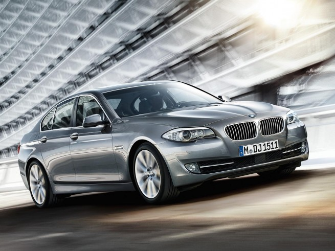 Look At the Car: 2013 BMW 5-Series