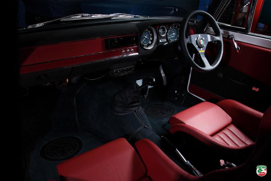 """MOTORCULT"": Alfa Romeo Giulia Ti Super R"