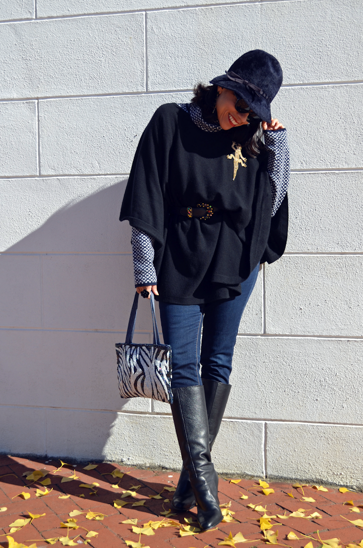 Cloche Hat Poncho Street Look