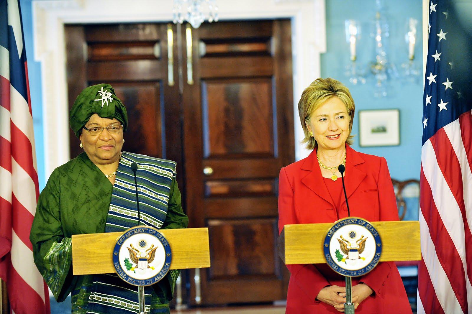 http://4.bp.blogspot.com/-k-fKuWeyKHk/Tn_7tXKRC_I/AAAAAAAAC_0/JOpGBGVFhbg/s1600/Hillary_Clinton_meets_with_Liberian_President_Ellen_Johnson-Sirleaf%252C_April_2009-3.jpg