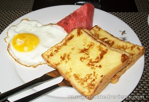 French toast and egg breakfast