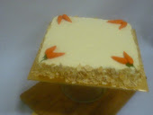 carrot chesee cake and cream