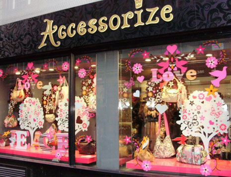 Expressionable Windows Check Out The Spirit Of Valentine S Day