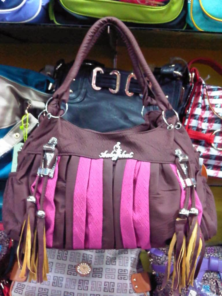 tas wanita unik
