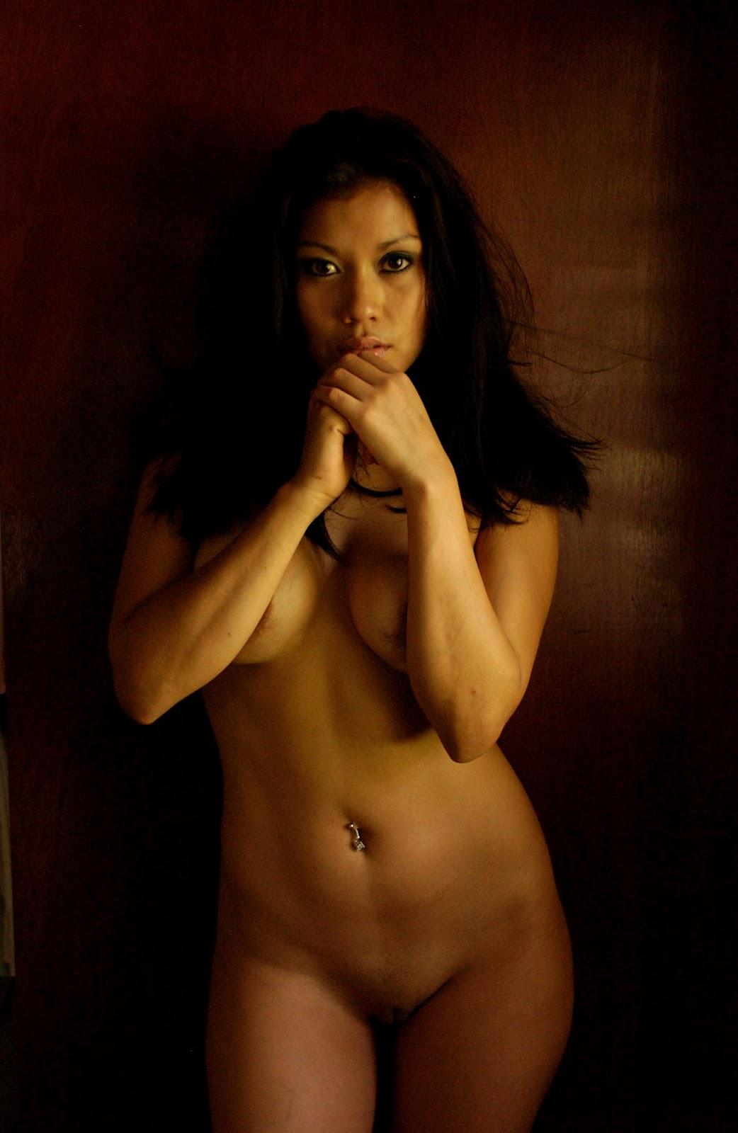 big hip and ass naked women