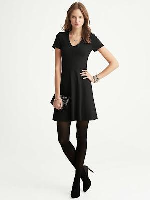 korseli elbise, kısa elbise, siyah elbise,
