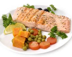 GRILL SALMON FILLET WITH VEGETABLES