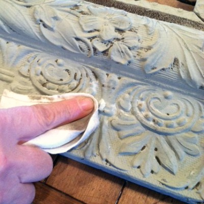 creating a dimensional antiqued finish using paint and wax the