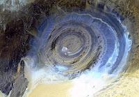 Le saviez-vous?Les 5 endroits les plus étranges et magnifiques sur Terre Eye-of-sahara-mauritania