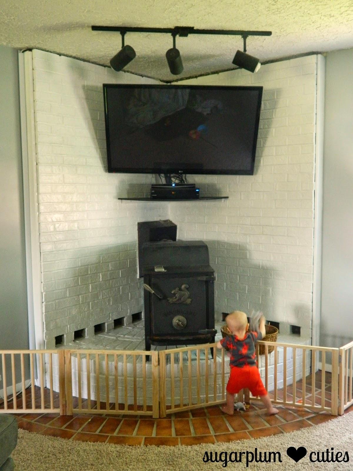 Sugarplum Cuties: Painting a Brick Fireplace