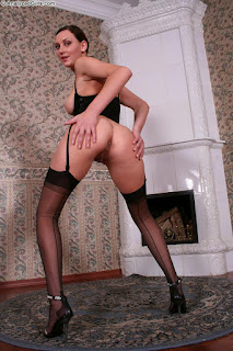 Free Sexy Picture - rs-image-17-747593.jpg