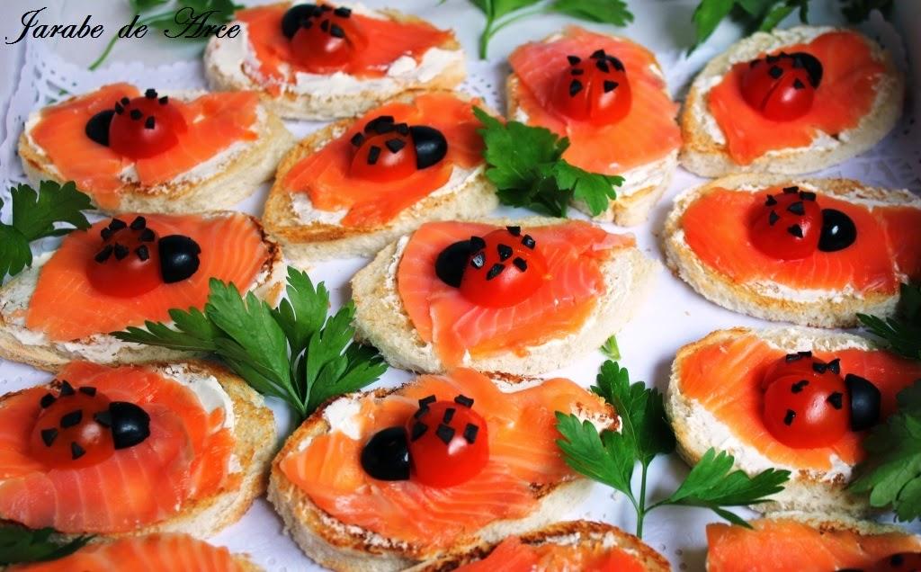 Jarabe de arce canap s de salm n ahumado y mariquitas for Canape de salmon ahumado