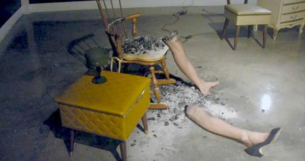 Άντρας έπιασε φωτιά κάτω από μυστηριώδεις συνθήκες και πέθανε καθώς περπατούσε στο δρόμο στο Λονδίνο!!