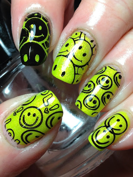 hilarious happy face nail design
