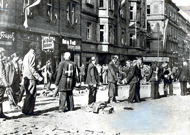 Germans killed expelled Czechoslovakia post ww2 1945