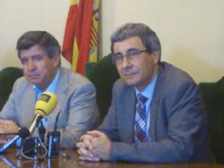 Alejo Riñones y el vicerrector de la USAL José Angel Domínguez