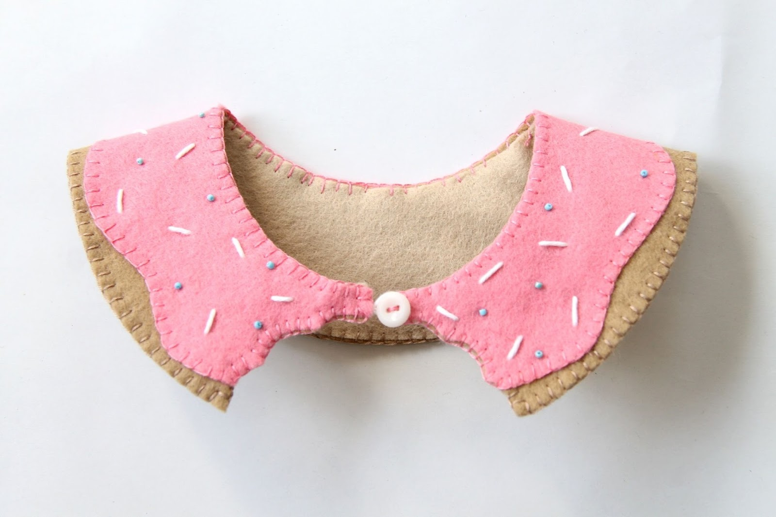Pink Doughnut collar tutorial including sprinkles