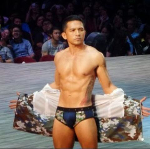 Dennis Trillo in Bench The Naked Truth