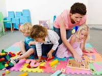 ADVANTAGES OF CHILDREN PLAYING WITH FRIENDS OTHER AGE, GOOD FOR HER PSYCHIATRIC