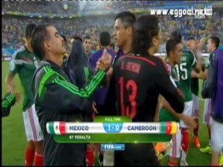 هدف فوز المكسيك على الكاميرون 1 - 0 .