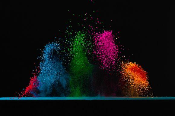 Fabian Oefner fotografia alta velocidade cores vibrantes ciência caixa de som música