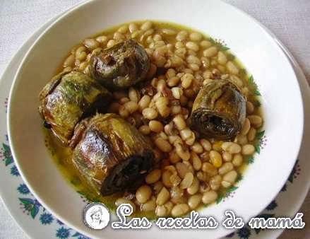 http://www.recetasdemama.es/2008/02/potajito-de-alubias-con-alcachofas/