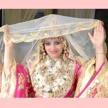 harim soltan saison 4 episode 34 en arabe robe mariage. Black Bedroom Furniture Sets. Home Design Ideas