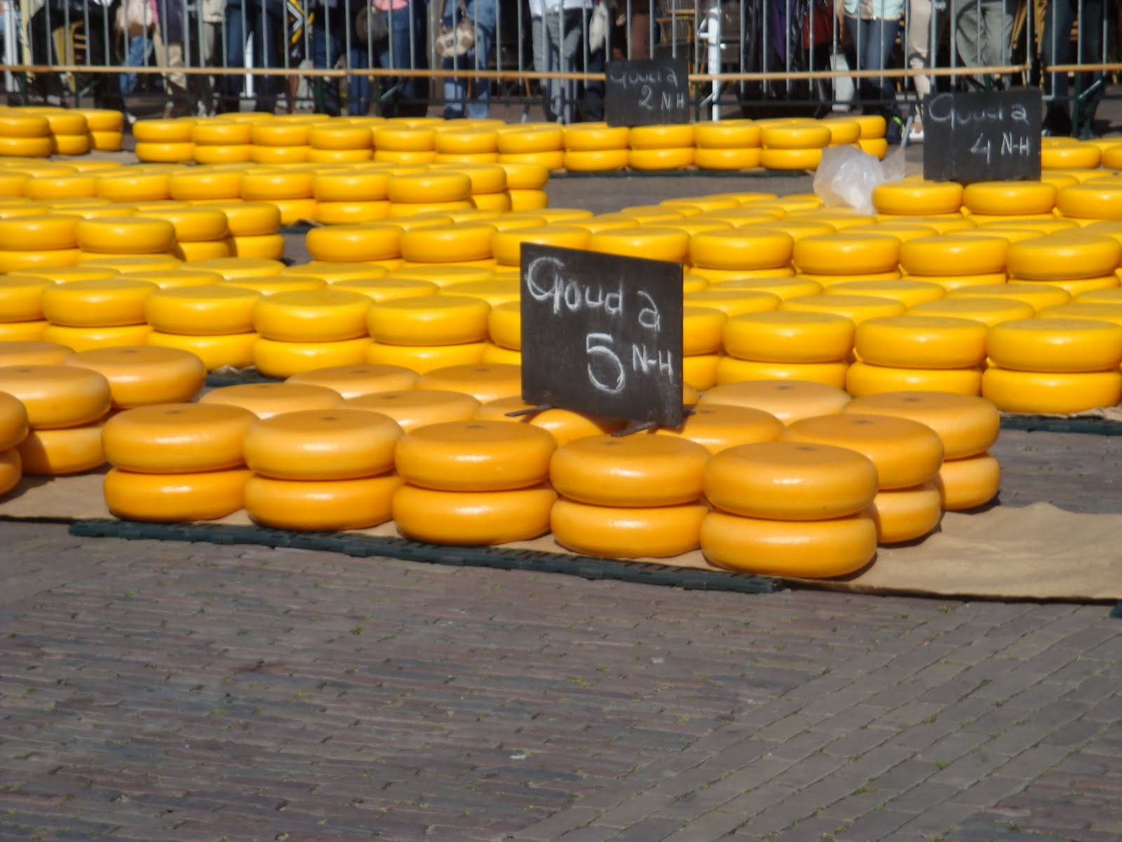 Alkmaar Netherlands  city images : Holland from Holland: Alkmaar Cheese Market