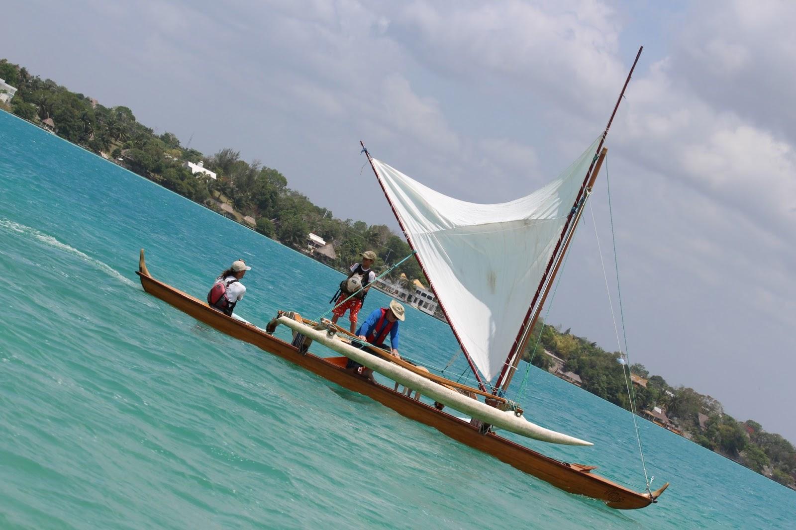 C Lion Outrigger Canoe Bacalar: Hawaii...