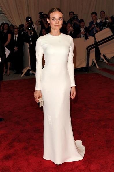 Самые красивые платья звезд голливуда