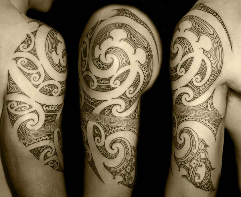 pz c tatouage tribal. Black Bedroom Furniture Sets. Home Design Ideas