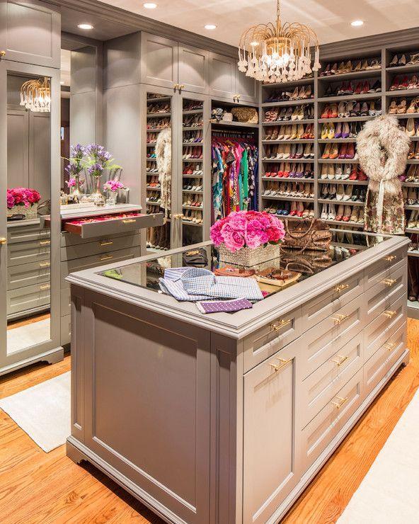 Here Are Ten Walk In Closet Essentials