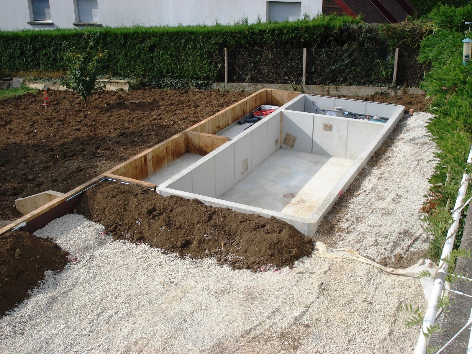Piscine naturelle et baignade naturelle piscine naturelle for Autoconstruction piscine naturelle