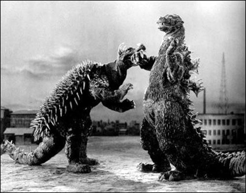 monstruoso Godzilla Contraataca