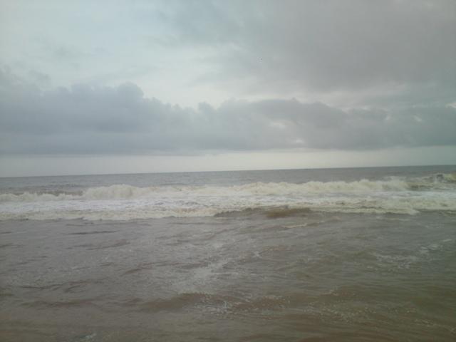 fast tide beach