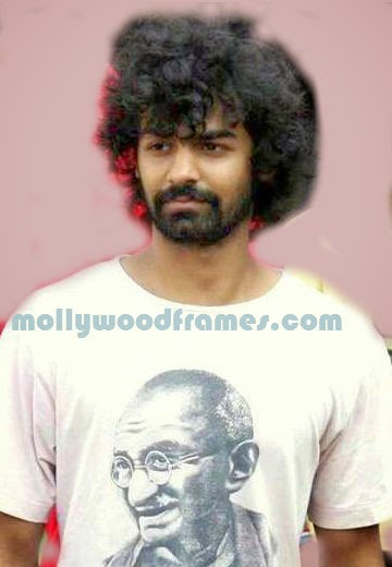 Pranav Mohanlal forays in cine field as assistant director