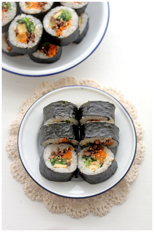 Foodagraphy. By Chelle.: Beef Kimbap (쇠고기 김밥)